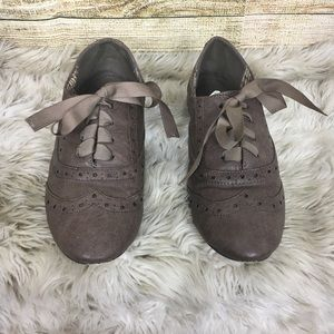 Restricted Ringo Oxfords Ribbon Laces 7.5